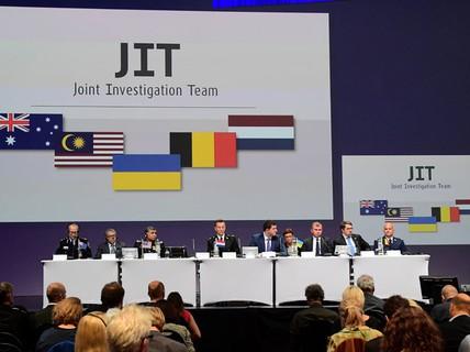 """Tên lửa bắn rơi MH17 """"đến từ Nga"""""""