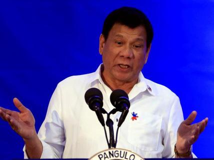 Nga - Trung đi đâu, ông Duterte muốn theo đó