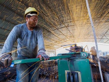 Trung Quốc hủy hoại kinh tế toàn cầu