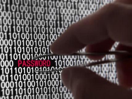 Hàng trăm triệu email bị rao bán trên chợ đen Nga với giá ... 1 USD