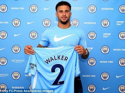 "Man City mua ""bom tấn"" Walker, Juve bán Bonucci"