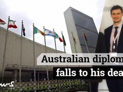 Chứng minh sự trong sạch, nhà ngoại giao Úc chết thảm