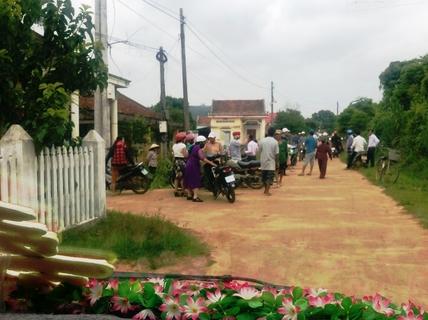 Vụ chặn xe cưới đòi nợ nông thôn mới: Chủ tịch xã xin lỗi thay trưởng thôn(?)