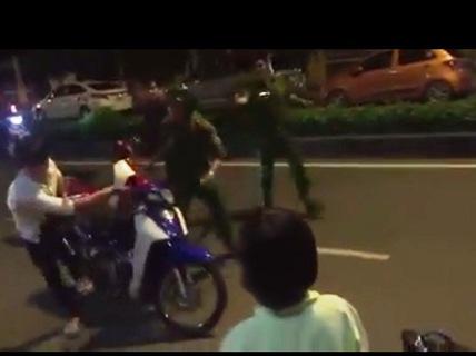 Móc dao chống trả công an rồi nhảy sông Sài Gòn tẩu thoát