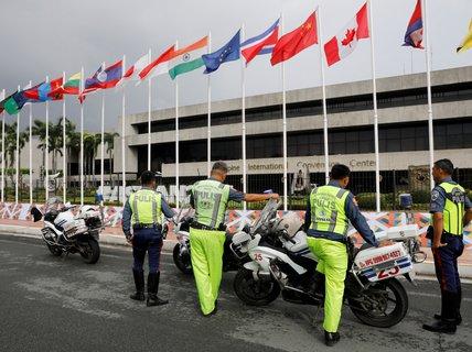 ASEAN giải nhiều bài toán khó