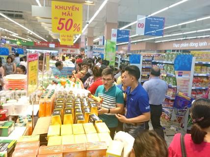 Nhiều siêu thị đồng loạt bước vào kỳ khuyến mãi