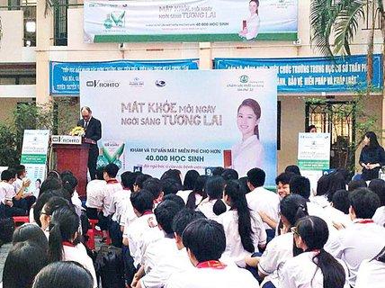 Chương trình Chăm sóc mắt học đường 2017