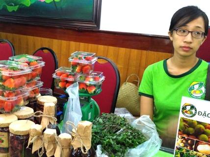 Sài Gòn có thêm chợ phiên cho ngày Tết