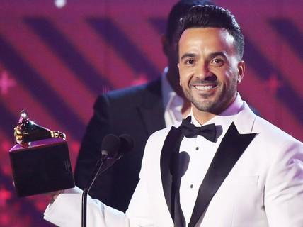 """Ca khúc """"tỉ view"""" thắng lớn tại Grammy Latin"""