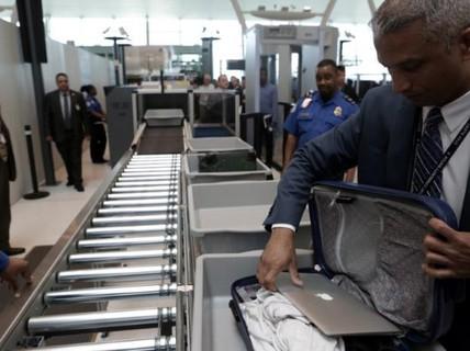 Mỹ: Kế hoạch an ninh mới thay lệnh cấm laptop trên chuyến bay
