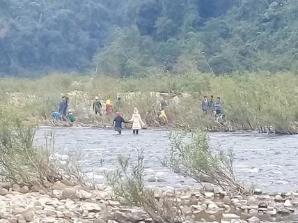 Phát hiện thi thể bé trai 3 tuổi mất tích dưới suối