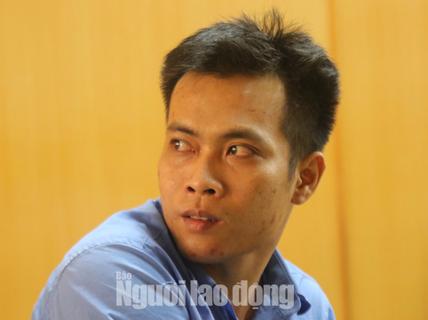 Đâm chết vợ trước mặt 2 con nhỏ, chồng khóc tại tòa