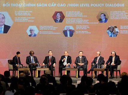 Việt Nam tăng trưởng hàng đầu châu Á