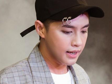 """Ca sĩ Noo Phước Thịnh: """"Tôi có chút bế tắc"""""""