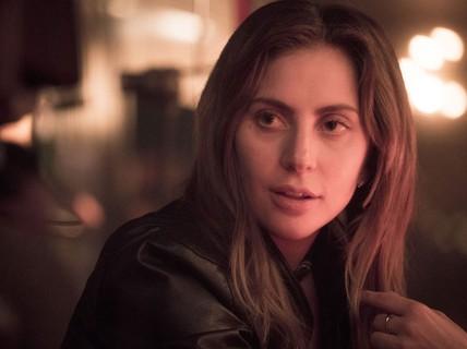 Lady Gaga khiến sao nhạc rap lu mờ
