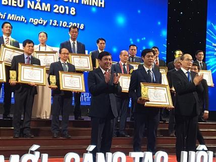 Tôn vinh 100 doanh nhân, doanh nghiệp TP HCM
