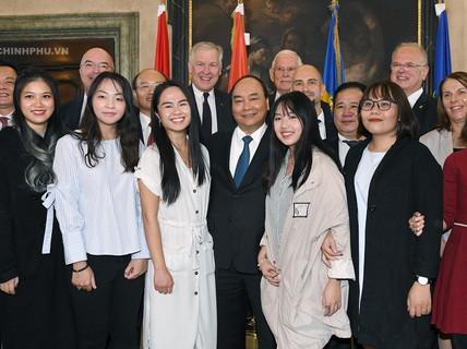 Thăm ĐH Krems, Thủ tướng nhắn nhủ sinh viên sống có khát vọng, cống hiến cho xã hội