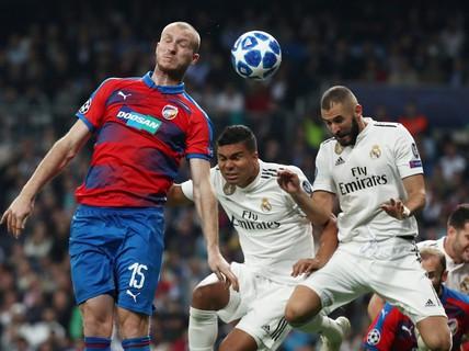 """Thoát hiểm ở Bernabeu, sao Real Madrid """"giữ ghế"""" HLV Lopetegui"""