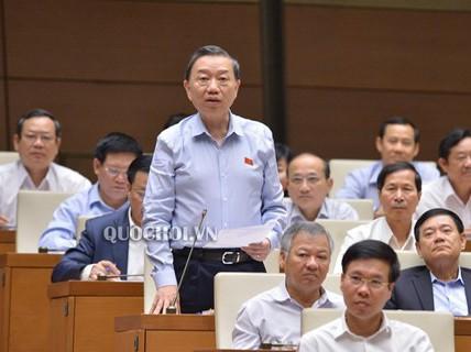 Bộ trưởng Tô Lâm: Khó khăn trong việc xử lý thông tin nặc danh trên mạng internet