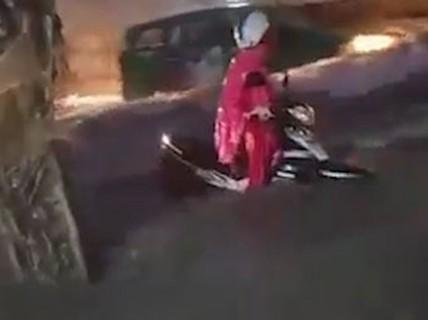 [VIDEO] TP HCM: Những con đường trong biển nước sau cơn mưa kỉ lục