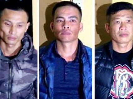 3 kẻ đánh nữ nhân viên hàng không bị cấm đi khỏi nơi cư trú