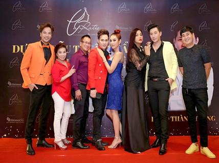 Nhiều ca sĩ, nghệ sĩ ủng hộ dự án phẫu thuật thẩm mỹ của bác sĩ Võ Thành Trung