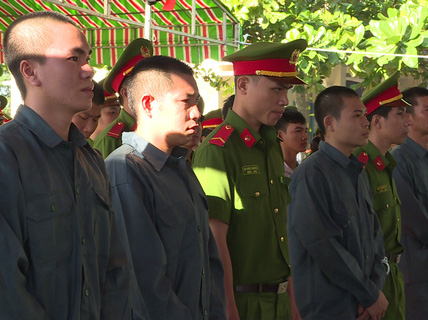 Xử vụ gây rối, đốt xe công an ở Bình Thuận