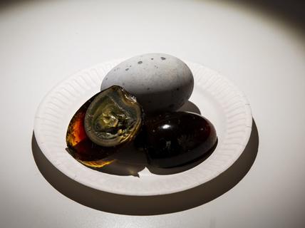 """Sầu riêng, trứng bắc thảo vào bảo tàng các món ăn """"dị"""""""