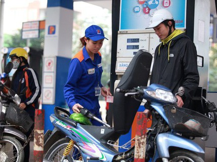 """Chi """"mạnh tay"""" quỹ bình ổn, giữ giá xăng dầu dịp Tết"""