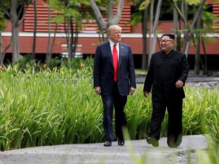 """""""Thông điệp tình cảm"""" của ông Trump dành cho ông Kim Jong-un"""