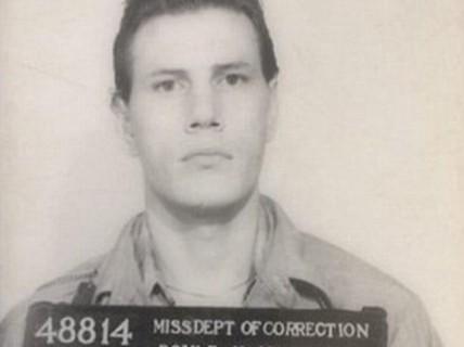 Bị tiêm thuốc độc, tử tù thoát chết vì không tìm thấy ven