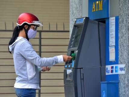 Giảm tải cho ATM dịp Tết