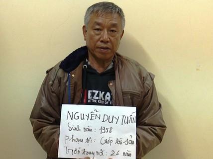 Tên cướp khét tiếng lẩn trốn 26 năm dưới vỏ bọc cán bộ an ninh khu phố