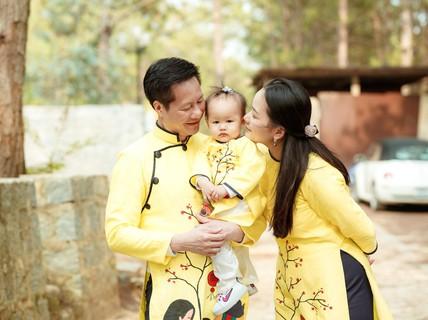 """Như Thảo nhờ Công an TP HCM giúp đỡ vụ """"tố"""" Ngọc Thúy bắt cóc con mình"""