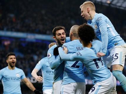 UEFA sắp tước quyền tham dự Champions League của Man City
