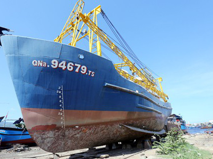 Sau ngư dân, đến lượt doanh nghiệp đóng tàu kêu cứu