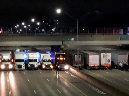 """Đi tự tử gặp trúng 13 tài xế container """"có tâm"""""""