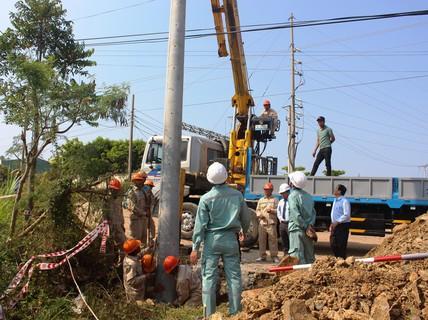 Thay mới, nâng cấp toàn bộ lưới điện Phú Yên