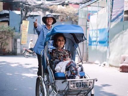 """""""Chạm"""" vào Sài Gòn là thấy xúc động"""