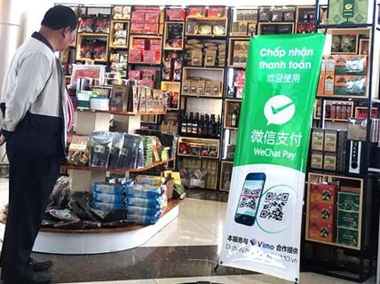 Rút quảng cáo WeChat Pay Trung Quốc tại sân bay Liên Khương