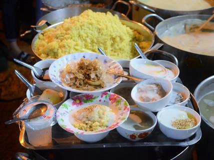 5 quán chè Sài Gòn luôn đắt khách bất kể nắng mưa
