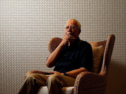 Hàng trăm triệu USD vào tài khoản, cựu thủ tướng Malaysia không thắc mắc