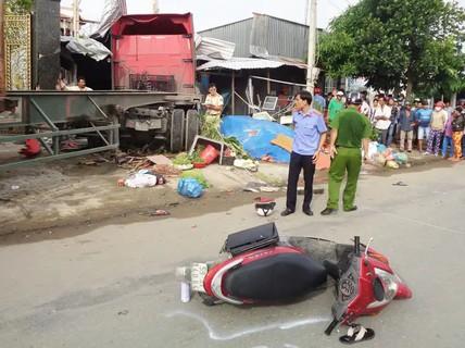 Xe container lao vào nhà, bé gái chết, 5 người bị thương nặng