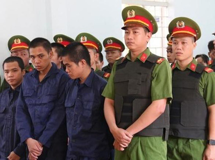 10 đối tượng gây rối ở Bình Thuận lãnh án