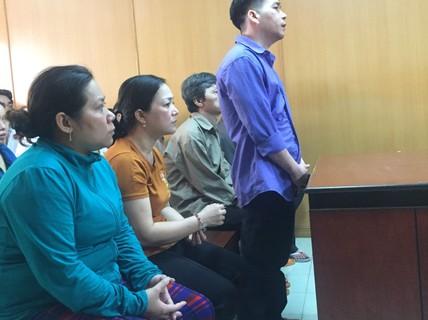 1 người giết con nợ, 5 người thân cùng vào tù