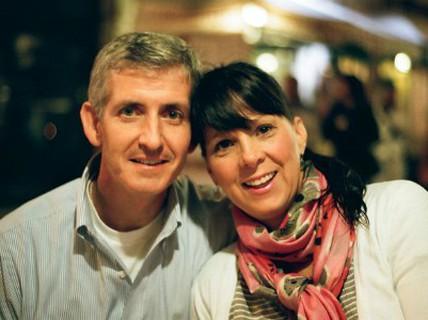 """Vợ quên sạch 15 năm quá khứ, chồng phải """"cưa"""" lại từ đầu"""
