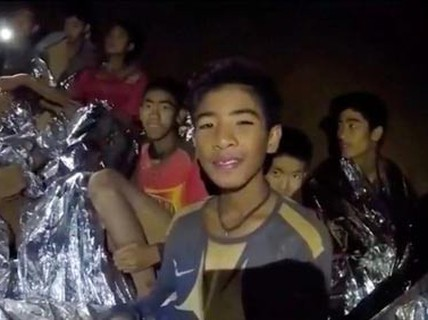 """Đội bóng nhí Thái Lan: Sống sót thần kỳ nơi """"địa ngục"""""""