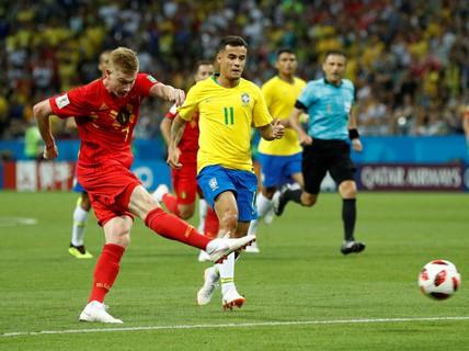 Chiêu độc World Cup: Con dao trong tay áo!