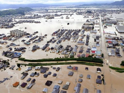 Siêu bão Maria đe dọa châu Á