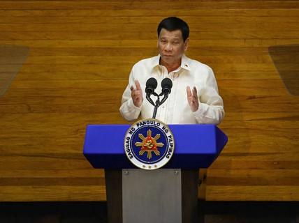 """Tổng thống Philippines """"cạn tình"""" với Trung Quốc?"""